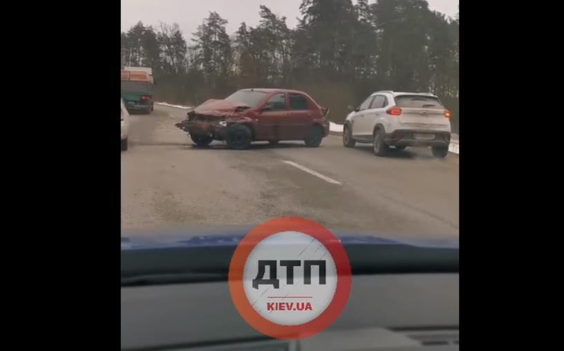 На трасі Ірпінь - Київ трапилася чергова аварія - новоірпінська траса, Ірпінь - Київ, ірпінська траса, дорога, Аварія - frf
