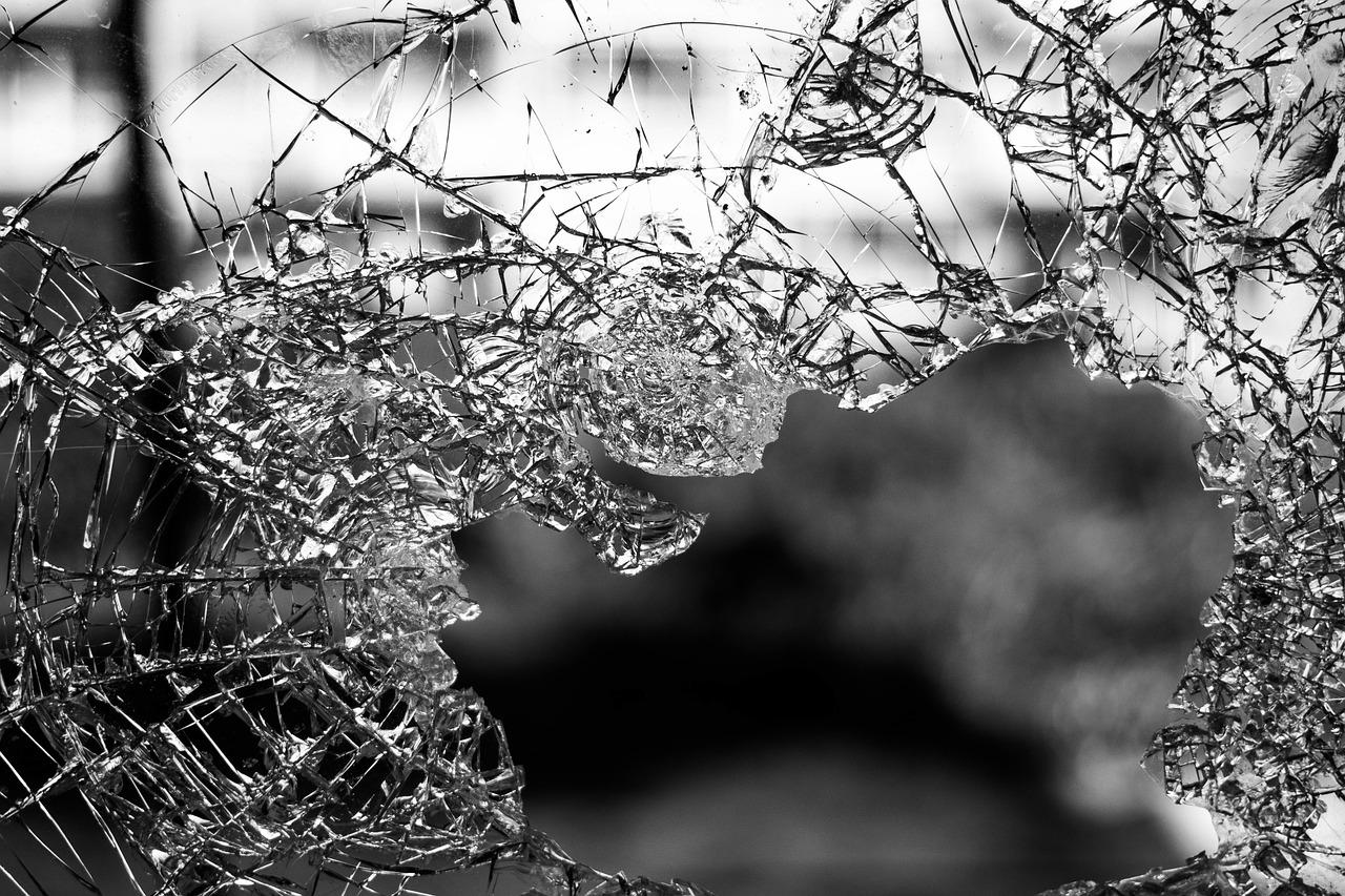 У Києві сталося майже 90 крадіжок за добу - погрози, пограбування, нападник, крадіжки, зібрання - glass 984457 1280
