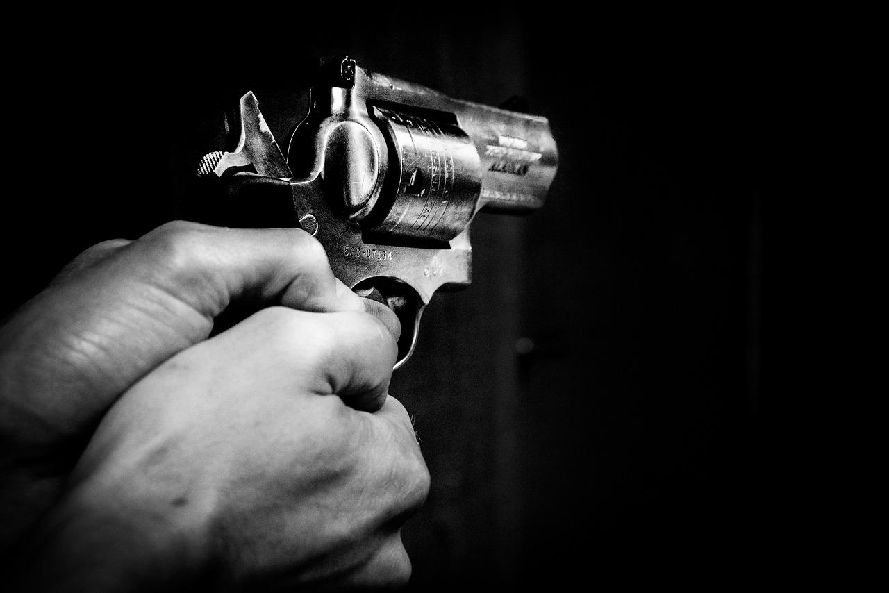 Крадіжки, напади та підпали: у Києві минулої доби було неспокійно - підпал, напад, крадіжка, загорання - gun 1678989 1280