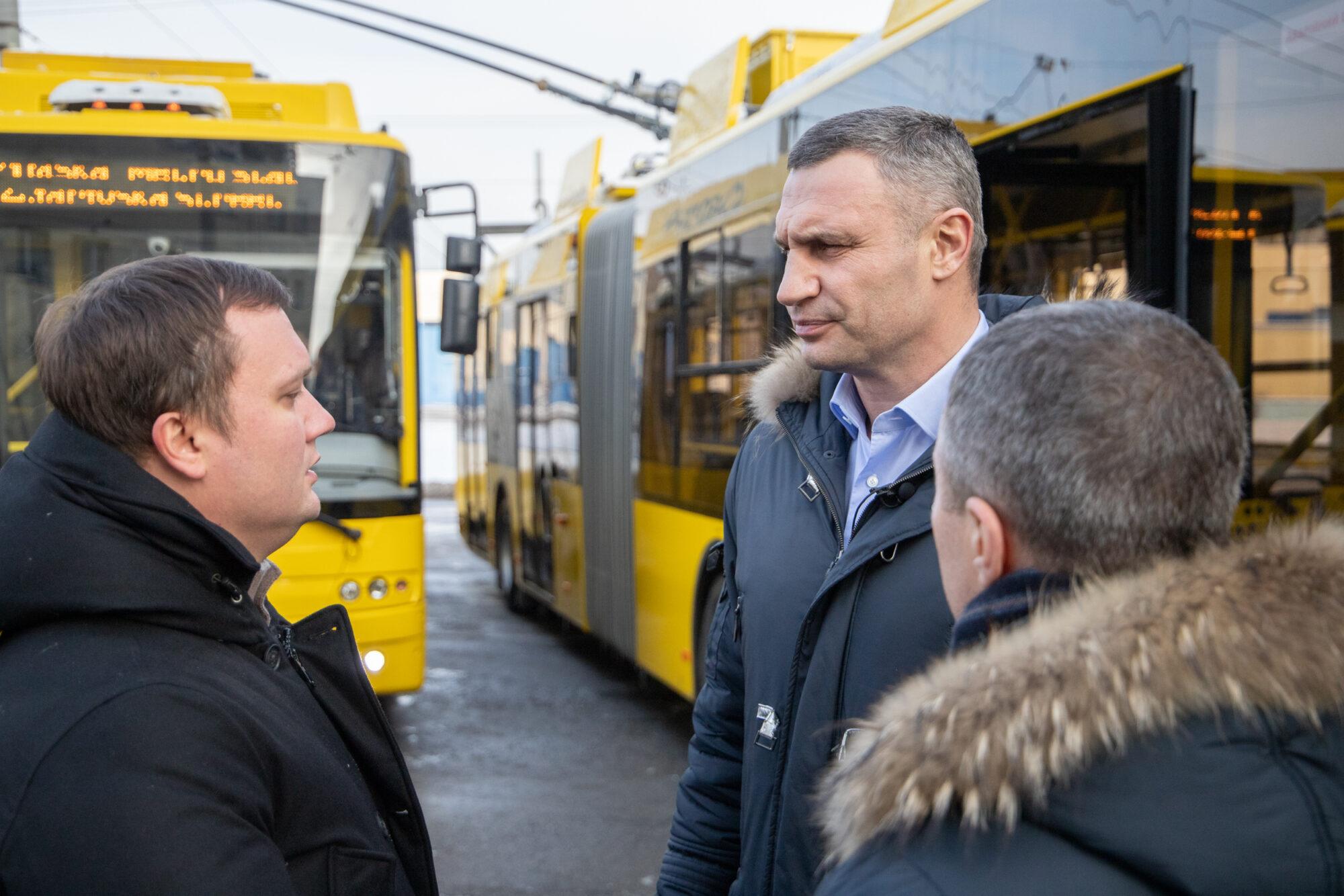 На дорогах Києва з'явились нові тролейбуси - тролейбуси, закупівлі, громадський транспорт - imgbig 2000x1334
