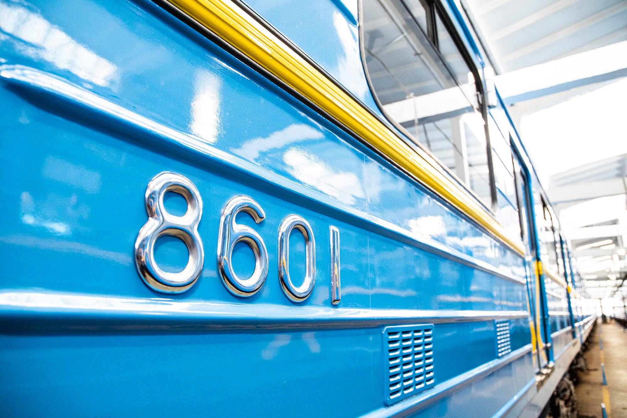 Київський метрополітен відремонтував 5 вагонів за 35 млн грн - Ремонт, метрополітен, вагони - imgbig 3 1 2000x1334