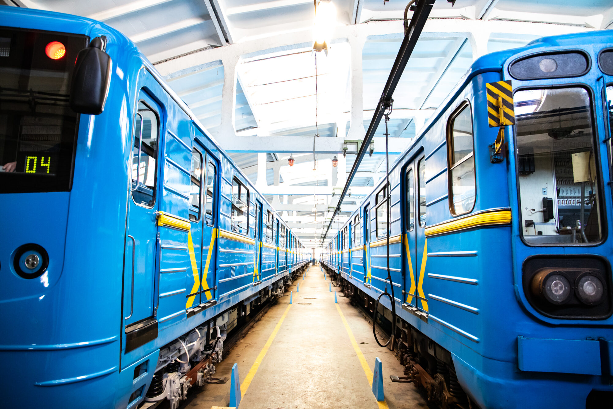 Київський метрополітен відремонтував 5 вагонів за 35 млн грн - Ремонт, метрополітен, вагони - imgbig 9 2000x1334