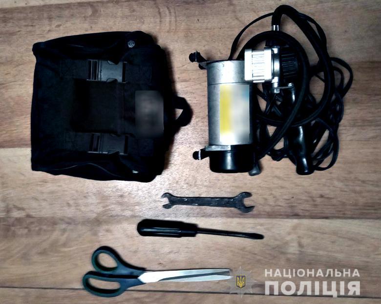 У Києві сталося майже 90 крадіжок за добу - погрози, пограбування, нападник, крадіжки, зібрання - kraizhkazavtosviatoshino20211