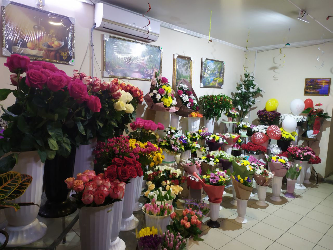 Київщина іn love: що найчастіше дарують коханим у 2021 році - ціни, подарунки, День Святого Валентина, День всіх закоханих - photo5278603880566993537