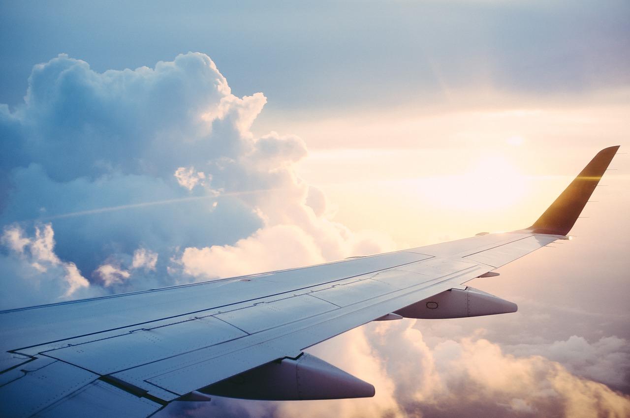 В Україні ввели санкції на літаки Медведчука і Козака - санкції, РФ, Медведчук, авіакомпанія - plane 841441 1280